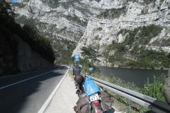 motorradtour-am-fluß-neretva-entlang